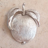 Apple Brooch Pin Pendant Silver Tone Sarah Coventry Adams Delight Vintage