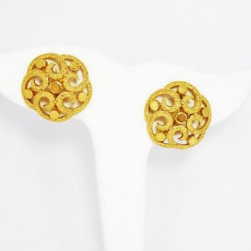 Trifari Gold Tone Clip on Earrings Signed Crown Trifari Textured 990f754200