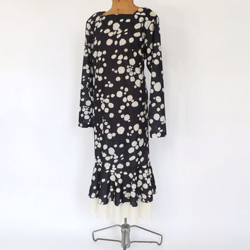 PLUS SIZE Vintage 70s does 1920s Polka Dot Dress Size 18 Large Summer Hipster Drop waist 30s Style Day Dress Black White Ruffled Dress