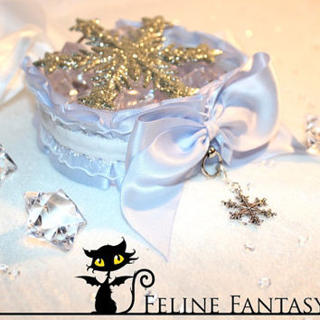 Winter snowflake kittenplay collar with cinderella blue base and white lace velvet trim