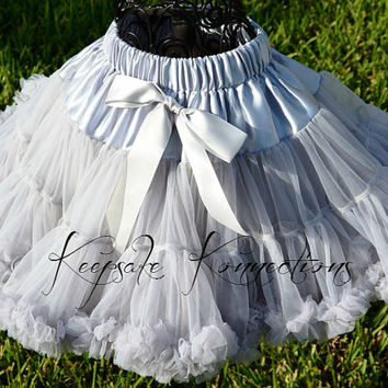 Pettiskirt - Tutu - Petticoat - baby tutu- Skirt - Kids - grey Petti skirt - gray pettiSkirt - Photo Prop -Baby pettiskirt