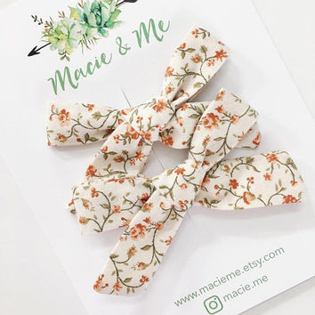 Rust Floral Pigtail Bows / Girls Hair Bows / Alligator Clip / No Slip Grip / Macie and Me / Pigtail Bows / Hand Tied