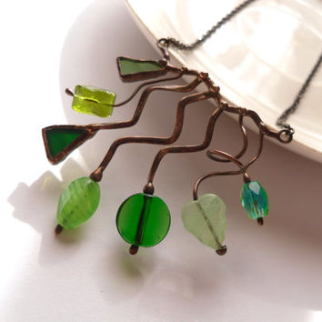 Wire necklace, green jewelry, stained glass necklace, glass beaded jewelry, bohemian jewelry, woman gift, Spring necklace