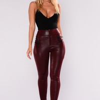 Kenzie Zipper Pants - Wine