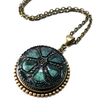 Vintage Button Necklace - 1920s Sea Green Mandala - Brass Deco