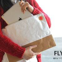 Strapya World : Fly Bag Clutch Type 2 Case for iPad (White)