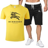 Burberry 2019 new horse printing men and women short sleeve suit two-piece Yellow