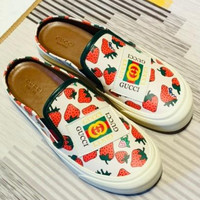 GUCCI Strawberry Printed Leisure Shoes