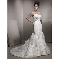 Trumpet / mermaid organza sleeveless bridal gown