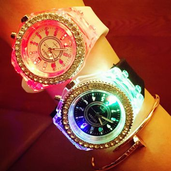 Fashion light GENEVA GENEVA watch leisure silicone men and women watch light LED lamp