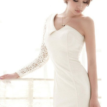 White Oblique Shoulder Bodycon Mini Dress with Long Lace Sleeves
