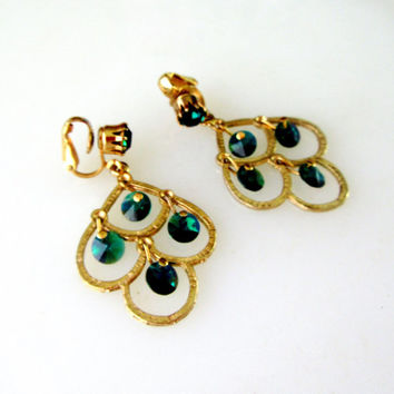 Green Irridescent Stone Dangle Earrings In Gold Tone Lookps Vintage Gift Collectible Gift Item 2408
