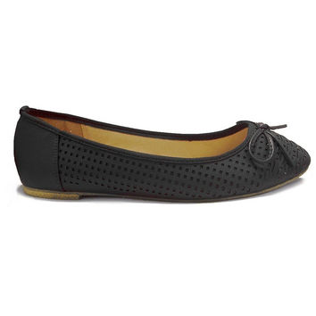 Wanted Sari - Black Laser-Cut Ballet Flat