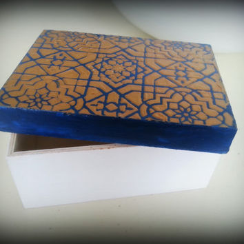 Moroccan Jewelery or Trinket Box. Tarot Card Storage. Wooden, Ornate, Ready to Ship. Layered with Paint and Hardware.White & Blue