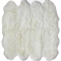 NuLoom Hand Made Octo Sheepskin in Natural