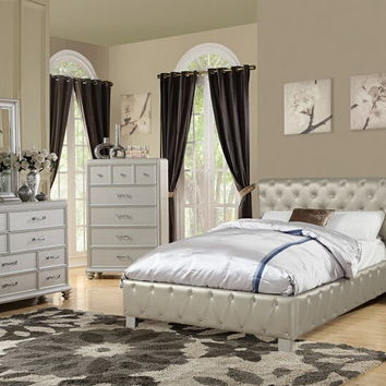 4 pc Janelle III collection silver faux leather rolled tufted upholstered queen bed set