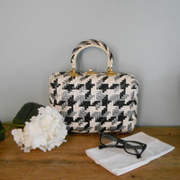 Vintage Mod Black and White Handbag Purse Houndstooth Herringbone Plastic ~French Chic~HIpster~Runway~Glam