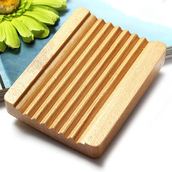 1Pcs Women Girl Favor Bathroom Natural Trapezoid Wood Soap Dishes Box Container Holder Home Accessory Hot