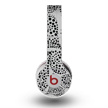 The Black and White Spotted Hearts Skin for the Original Beats by Dre Wireless Headphones