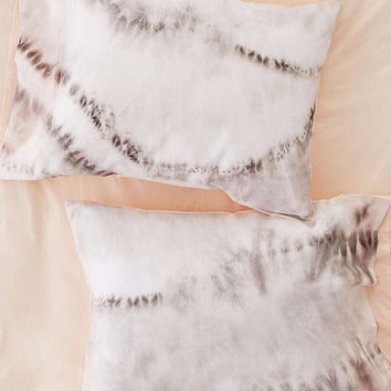 Organic Tie-Dye Pillowcase Set - Urban Outfitters