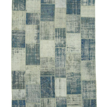 Hand-knotted Wool Blue Traditional Geometric Turkish Patch Rug (7'6 x 10'8)