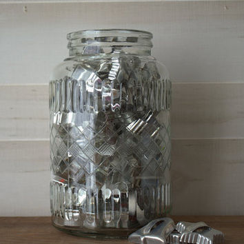 Unique Rustic Farmhouse Kitchen Glass Storage Jar