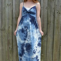 Tie Dye V-Cut Maxi Dress