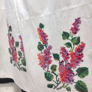 Vintage Ukrainian Hand Embroidered 50s Table Runner Folk Lilac Floral Embroidery Ceremonial RushnykTraditional folk towel Cross stitch towel