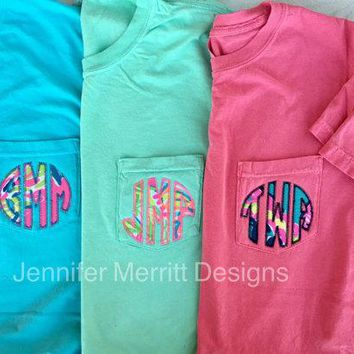 Monogrammed Lilly Pulitzer Appliqué Short Sleeve Comfort Colors Pocket T-shirt, Monogram Shirt Gift for Her