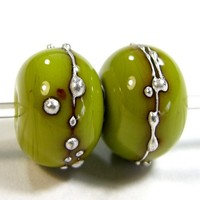 Pistachio Green Handmade Lampwork Beads Opaque Shiny Glass Silver 415g