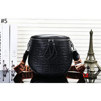Fendi 2018 new fashion wide shoulder strap bucket diagonal shoulder bag #5