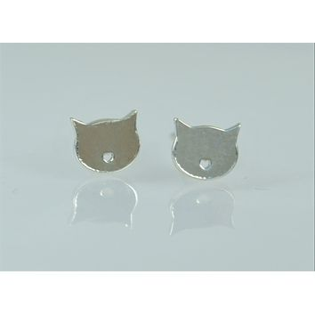 Nano Silver Cat Stud Earrings