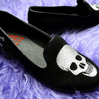 YRU Skull and Crossbone Flats