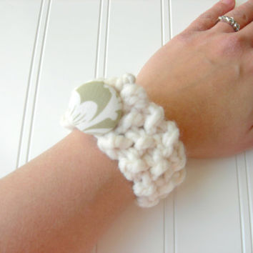 SALE Chunky Knit Bracelet in Ivory with Fabric by WindyCityKnits