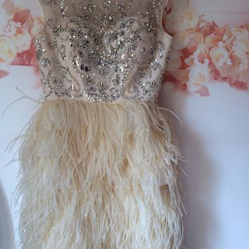 Champagne Ivory Ostrich Feather Elegant Cocktail Dresses Crystal Beading Bodice Short Sexy Party Gowns