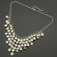 Fashion Silver Tone Chain White Rhinestone Bunch Pendant Bib Statement Necklace