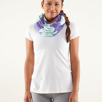 clarity scarf  women's accessories | lululemon athletica