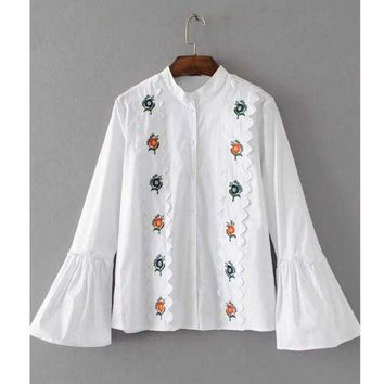 PEAP78W Vintage 2017 Floral Embroidery White Blouse Stand Collar Flared Sleeve Plus Size Women Shirts Chemise Femme JQWM73274