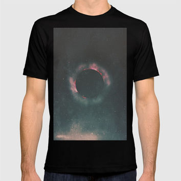 The Dark Sun T-shirt by DuckyB
