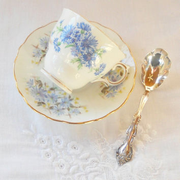 Vintage Mismatched Aynsley Colclough Tea Cup and Saucer Set, Tea Party, English Bone China, Wedding, Bachelor Buttons,