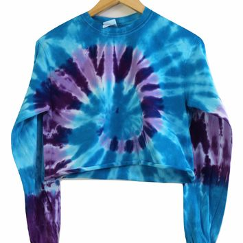 Hibiscus Tie-Dye Cropped Long Sleeve Tee