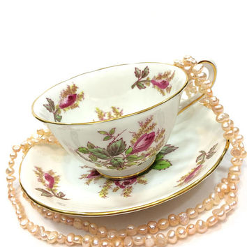 Royal Chelsea Moss Rose Tea Cup, Pink Green Flowers Leaves, English Bone China, Shabby Chic Decor, 1950s Vintage Porcelain Teacup