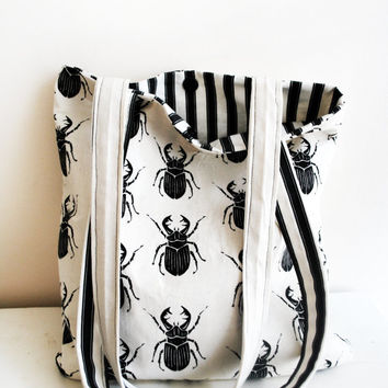 Beetlejuice Shoulder Bag