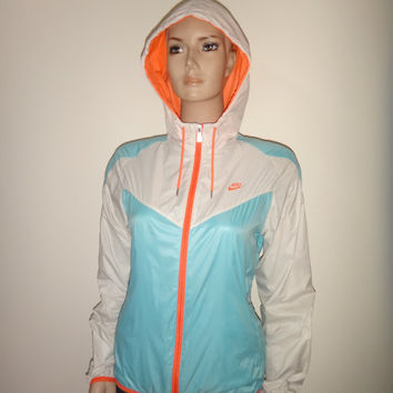 NIKE Women Windbreaker Jacket Trainer Rain Coat Hooded Nice Design Cute MEDIUM Size
