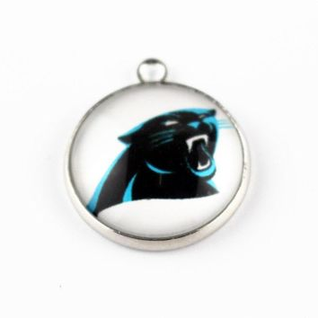 Hot selling 10pcs/lot Team Sports football Carolina Panthers Hanging Glass Pendant Dangle Charms For Necklace Jewelry