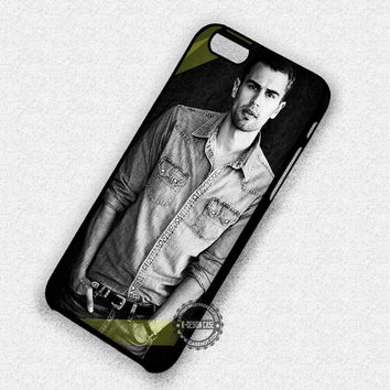 Sexy Man Theo James Movie - iPhone 7 6 5 SE Cases & Covers