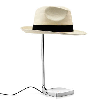 chapeau table lamp