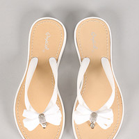 Qupid Jammy-02 Bow Accent Thong Flat Sandal