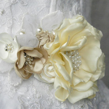Bridal corsage, sash, belt, wedding flower sash, wedding sash, bridal gown sash, flower belt, flower sash belt, dress sash