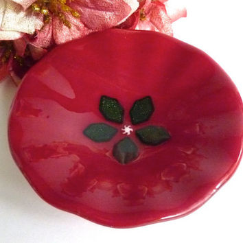 Fused Glass Christmas Bowl in Deep Red with Green Holly Decor
